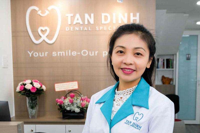 Bác sĩ chính Tạ Thị Minh Thi - Tốt nghiệp Đại học y dược với hơn 20 năm kinh nghiệm trong lĩnh vực chỉnh hình răng-hàm-mặt