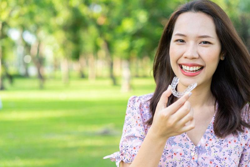 phương pháp niềng răng trong suốt invisalign