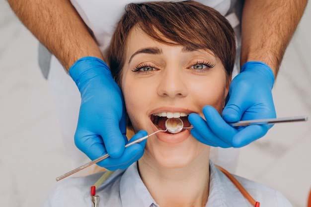 Khám răng