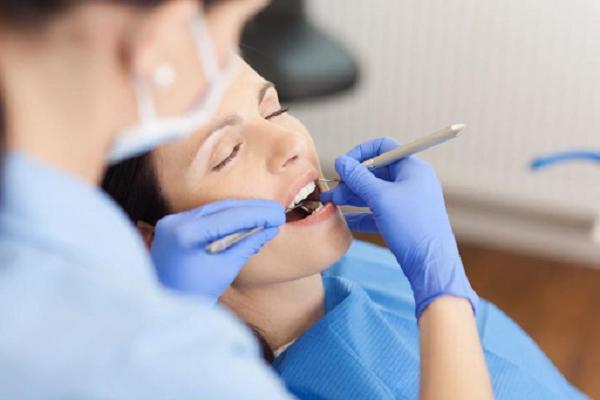 Cách điều trị viêm quanh implant