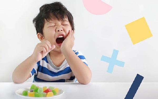 Các bệnh về răng sẽ ảnh hưởng đến tính thẩm mỹ và sức khỏe của bé rất nhiều